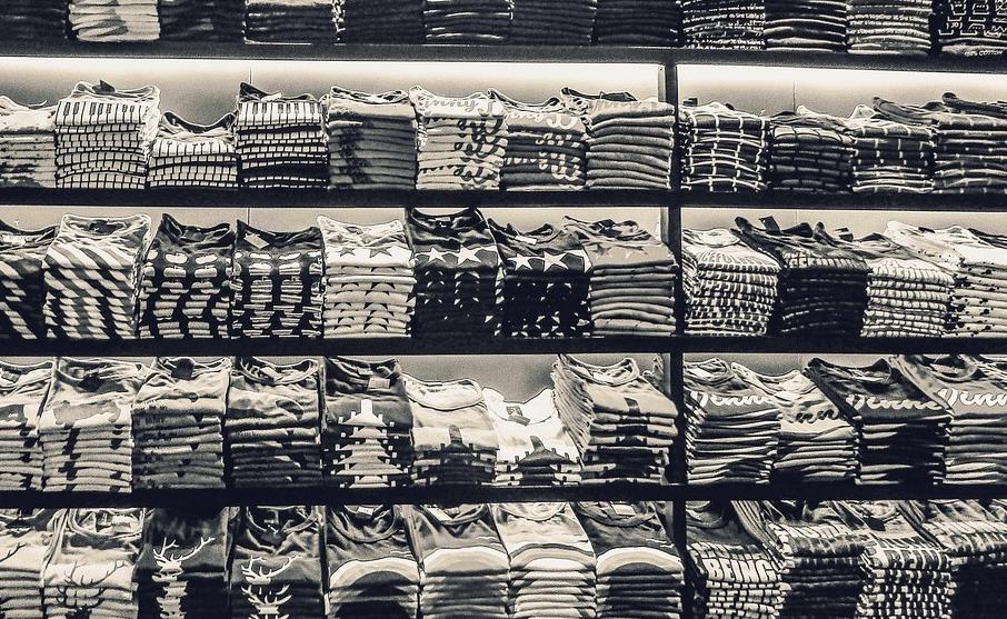 t-shirts-2731768_1280